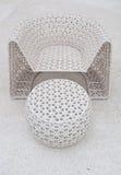 Plastic stoel en lijstweefsel Stock Foto