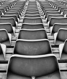 Plastic stoelen Stock Afbeeldingen
