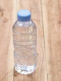 Plastica delle bottiglie di acqua Fotografia Stock