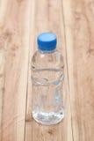 Plastica delle bottiglie di acqua Immagini Stock Libere da Diritti