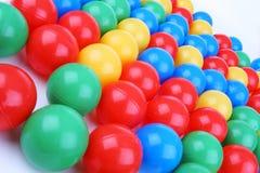 Plastiek gekleurde ballen Royalty-vrije Stock Fotografie