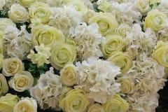 Plastikblumen, Blumenstraußblumen für Hintergrund Stockbilder
