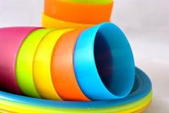 Plastikcup und Platten Stockfotografie