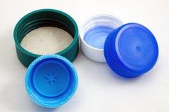 Plastikflaschenkapseln lizenzfreies stockbild