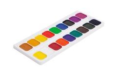 Plastikkasten mit bunten Aquarellfarben Lizenzfreie Stockfotos