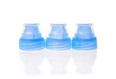 Plastikowa butelki nakrętki pokrywa z specjalnymi pokrywami Fotografia Royalty Free