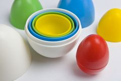 plastikowi kolorowi jajka Zdjęcia Stock