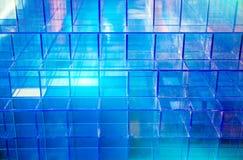 Plastikowy błękitny kubiczny zdjęcie stock
