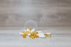Plastikschaufel auf dem Tisch Stockfotografie