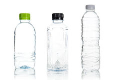 Plastikwasserflaschenisolat Stockbild