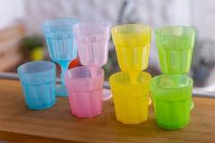 Plastique en verre de couleur Images stock