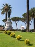 Plastische groepen in tuinen van Vatican.Cityscape in een zonnige dag Stock Afbeeldingen