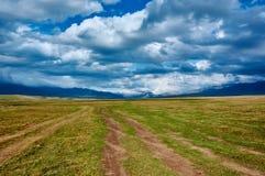 Platô em montanhas de Ketmen, Cazaquistão Fotos de Stock Royalty Free