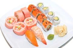 Plat assorti de sushi Images stock