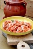 Plat avec des crevettes roses Photo libre de droits