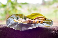 Plat avec les friuts exotiques Photo libre de droits