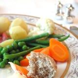 Plat bouilli de légumes image stock
