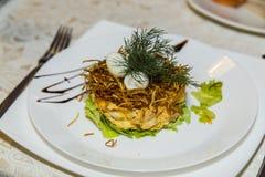 Plat dans le restaurant Photo libre de droits