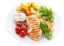 Plat de blanc de poulet grillé avec des légumes Photos libres de droits