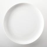 Plat de dîner générique blanc simple vide images libres de droits