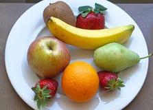 Plat de fruits Images libres de droits