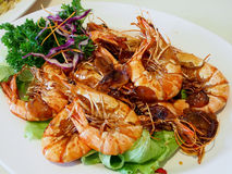 Plat de fruits de mer dans le restaurant asiatique photos stock