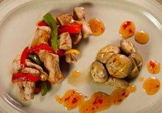 Plat de poulet gastronome photographie stock