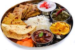 Plat indien de repas-sauce au jus servi avec le flatbread photo stock