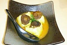 Plat japonais de Toufu de champignon photos libres de droits