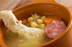 Plat traditionnel de Cocido en Espagne Photo stock