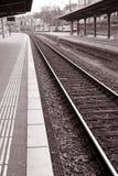 Plataforma da estação de comboio fotografia de stock royalty free