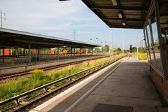 Plataforma da estação de trem em Berlim, Alemanha Imagem de Stock