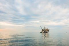 Plataforma da plataforma petrolífera Imagem de Stock Royalty Free