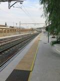 Plataforma de la estación de Pizarra Foto de archivo libre de regalías