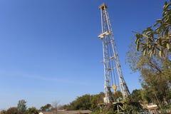 Plataforma de perforación de la tierra del aceite Imágenes de archivo libres de regalías