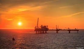 Plataforma de petróleo e gás do Mar do Norte Foto de Stock Royalty Free