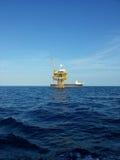 Plataforma de petróleo y gas Imagenes de archivo