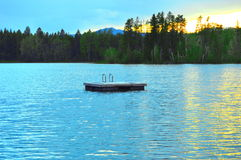 Plataforma do lago foto de stock