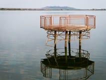 plataforma en el lago Imágenes de archivo libres de regalías
