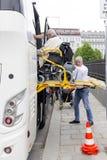 Plataforma físicamente discapacitada de la accesibilidad del autobús Imagen de archivo libre de regalías