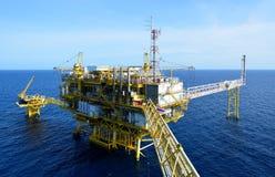 A plataforma petrolífera. Foto de Stock