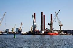 Plataforma petrolífera sob a construção Foto de Stock