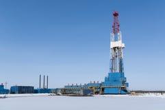 Plataforma petrolera del invierno Foto de archivo