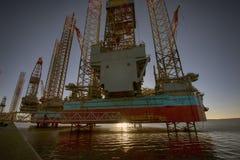 Plataforma petrolera del primer Imagen de archivo libre de regalías
