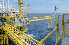 Plataforma a pouca distância do mar Imagens de Stock Royalty Free