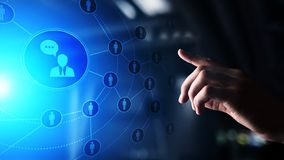 Plataforma social dos meios, estrutura de uma comunicação do cliente, SMM, mercado Conceito da tecnologia do Internet e do negóci imagem de stock