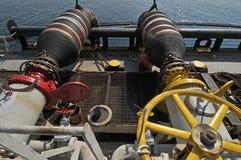 Plataformas de la transferencia del petróleo y gas Fotos de archivo libres de regalías
