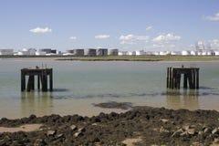 Plataformas na angra de Holehaven, Canvey Island, Essex, Inglaterra Imagens de Stock