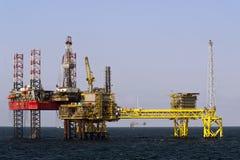 Plataformas petrolíferas no Mar do Norte Imagem de Stock Royalty Free