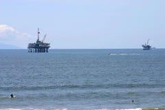 Plataformas petroleras Fotografía de archivo libre de regalías